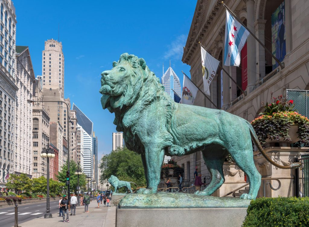 Photo of the lion statues outside of the Chicago Art Institute