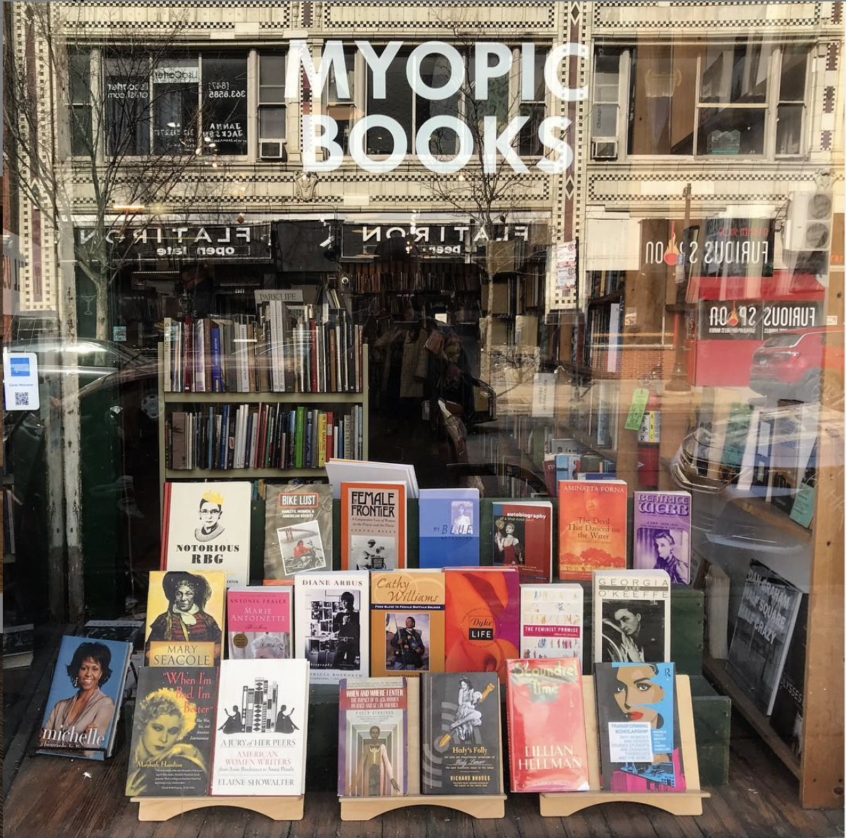 Photo of storefront of Myopic Books in Wicker Park, Chicago